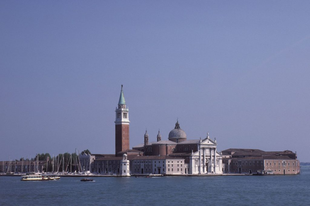 Venice - the classic photograph [Source: Gelido]